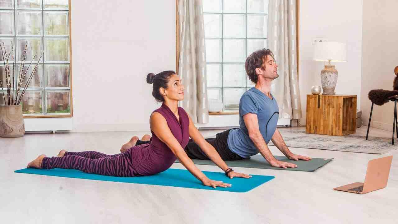Comment enchaîner les postures de yoga ?