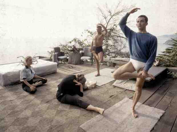 Quel est le nom de la plus célèbre posture de yoga ?